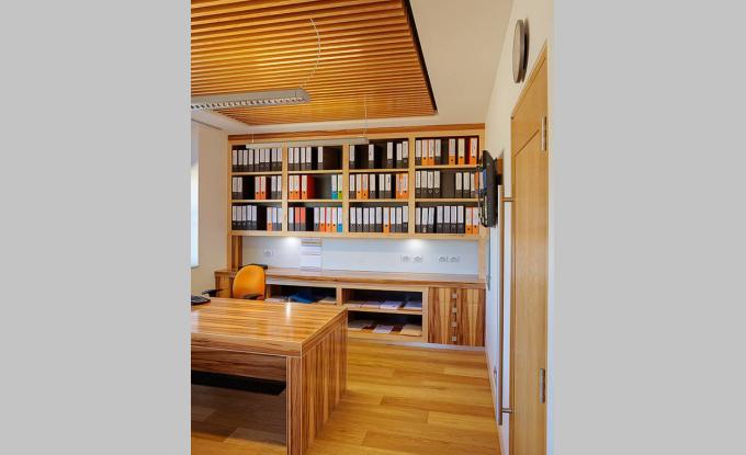 Kitchen joinery Gungahlan, Timber Veneer Doors